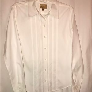 5b27c0aec23 Investments · 💙(Gold Label Investments) white no-iron blouse 14
